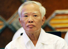 Nguyên Phó Thủ tướng Vũ Khoan: Những con số đó cứ thế nào. Tôi không dám tin. Photo Anh Quan