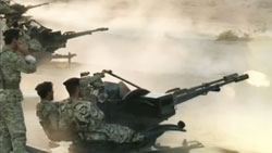 Quân đội Iran tập trận hồi cuối tháng 12/2011- Source: PBS News