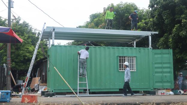 Container được làm thành phòng ở cho hai con chị Nguyễn Thị Xuân Mai