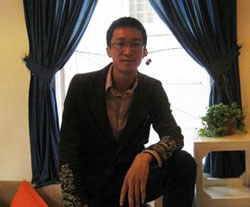 Nhà báo Nguyễn Đắc Kiên. Courtesy NguyenDacKien's facebook.