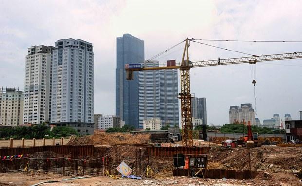 Đánh thuế nhà đất bỏ hoang có dẹp được đầu cơ bất động sản?