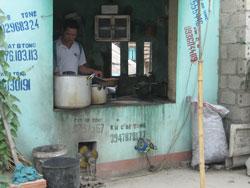 Một tiệm Phở Hà Nội ở Ngã Ba Voi, Thanh Hóa. RFA PHOTO / Uyên Nguyên.