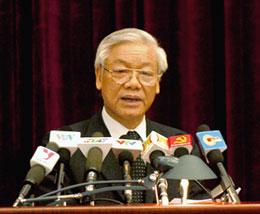 Tổng Bí thư Nguyễn Phú Trọng phát biểu khai mạc hội nghị TW6 hôm 01-10-2012 tại Hà Nội. Courtesy chinhphu.vn