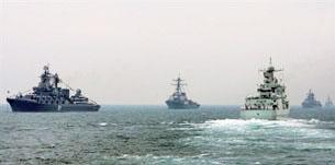 Hải quân Trung Quốc thường xuyên biểu dương lực lượng ở vùng biển Nam Hải. AFP