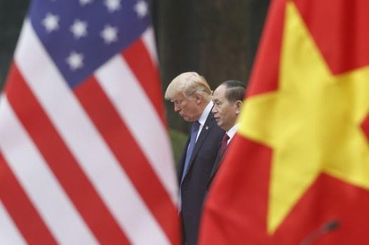 Tổng thống Hoa Kỳ Donald Trump trong chuyến thăm Việt Nam ngày 12/11/2017.
