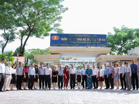 Ảnh minh họa. Các thành viên Hội đồng trường ĐH KH-XH&NV, ĐHQG-HCM.