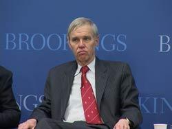Ông Richard C. Bush III, Giám đốc Trung Tâm Nghiên cứu Chính sách Đông Bắc Á tại buổi hội thảo. RFA photo