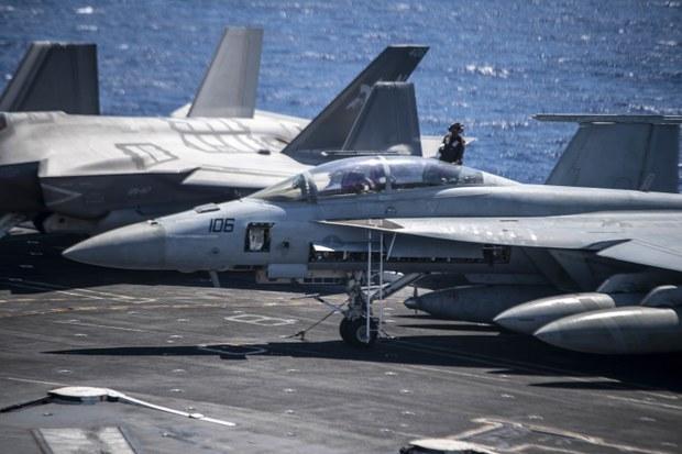Chỉ huy tàu sân bay Mỹ khẳng định quyền tự do đi lại ở Biển Đông