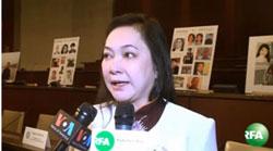 Bà Trần Thị Ngọc Minh, mẹ của tù nhân lương tâm Đỗ Thị Minh Hạnh, trả lời RFA tại QH Hoa Kỳ hôm 16/1/2014. RFA PHOTO.