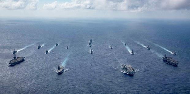 Hàng không mẫu hạm Anh, Mỹ dẫn đầu cuộc phô trương sức mạnh hải quân ở Biển Đông