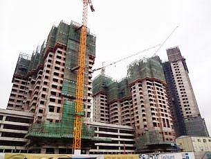 Một công trình xây dựng nhà cao tầng ở Hà Nội năm 2012.