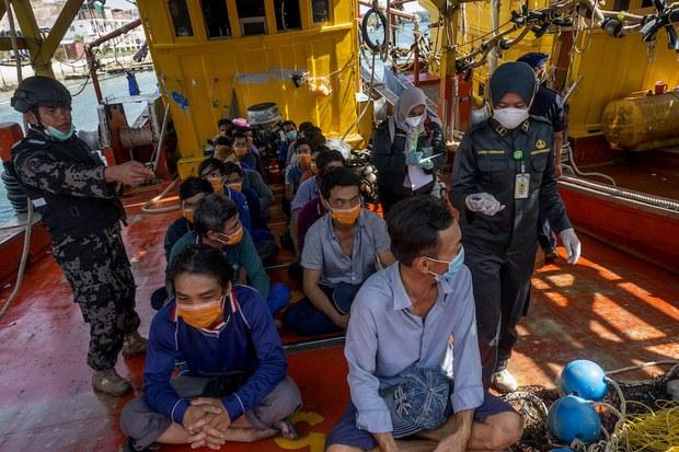 Ngư dân Việt bị giam ở Indonesia tuyệt vọng kêu cứu- Đại sứ quán hỗ trợ đến đâu?