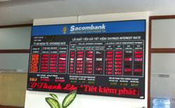 Bảng điện tử báo mức lãi suất tại Sacombank tháng 11/2010. RFA photo