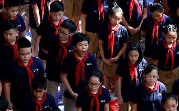Giáo dục Việt Nam trượt dài suốt 5 năm nhiệm kỳ bộ trưởng Phùng Xuân Nhạ