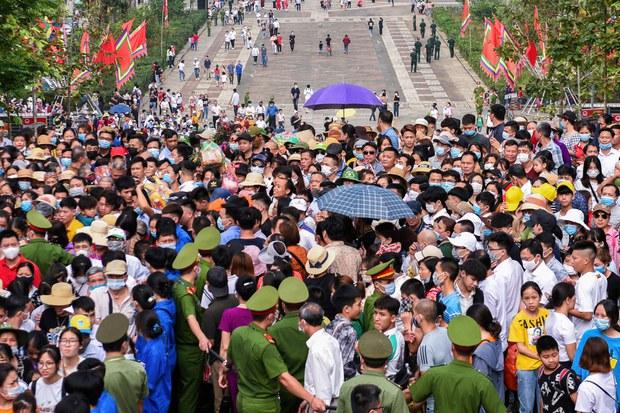 Việt Nam trước đợt bùng phát COVID-19 mới