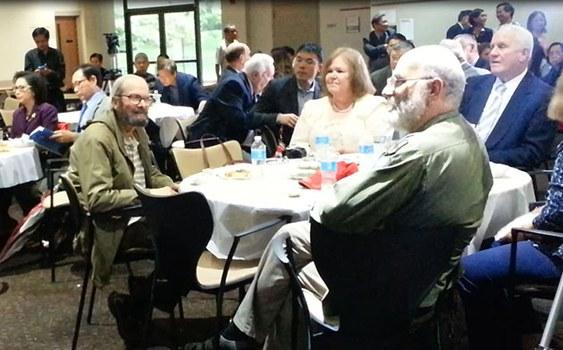 Vietnamese American Cultural Center tổ chức buổi họp mặt các cựu quân nhân Hoa Kỳ cùng cựu chiến binh VNCH và nhiều người Mỹ gốc Việt.