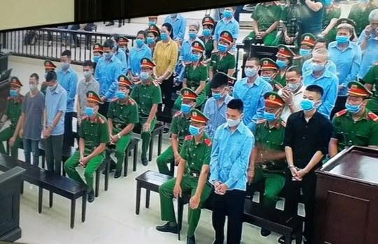 Quang cảnh phiên tòa xét xử vụ án Đồng Tâm ngày 7/9/2020. 19 trong số 29 bị cáo cho biết bị tra tấn để phải nhận tội.
