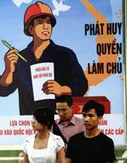 Bích chương Phát Huy Quyền Làm Chủ ? (AFP)