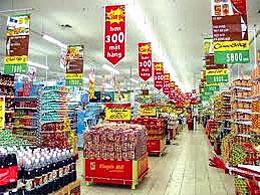 Một cửa hàng siêu thị ở Hà Nội (2013)VNeconomic