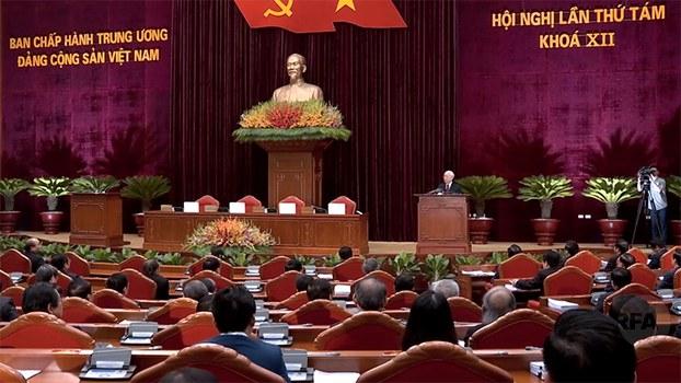Tổng bí thư Nguyễn Phú Trọng phát biểu kết thúc Hội nghị Trung ương 8 của Đảng cộng sản.