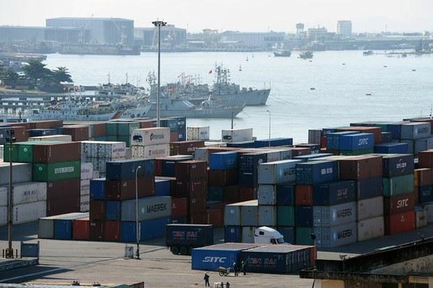 Cước phí xuất khẩu tăng cao kỷ lục bởi COVID-19 gây khó cho doanh nghiệp Việt