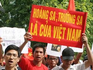 Toàn dân khẳng định chủ quyền của Việt Nam đối với HS và TS