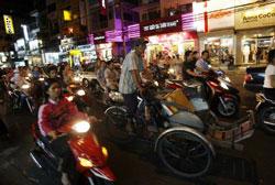 Người dân Sài Gòn. AFP photo