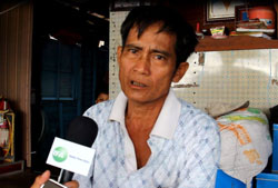 Ông Trần Văn Hết, Phân Hội trưởng thuộc Hội người Việt Nam tại tỉnh Kampong Chhnang trả lời phỏng vấn RFA ngày 10/7/2013.