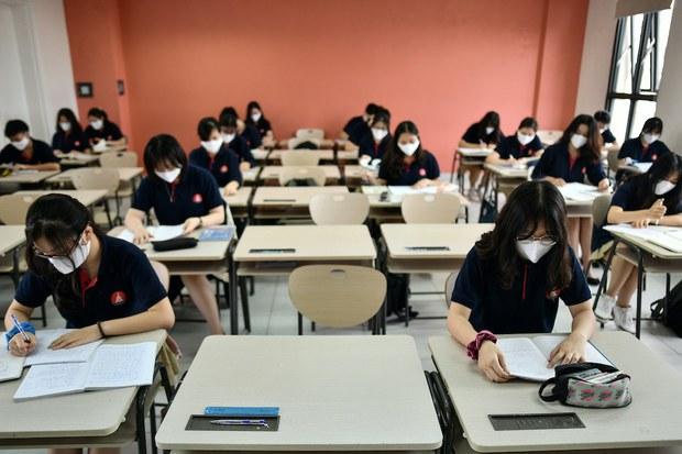 Cơ sở nào để bổ sung tiếng Hàn vào môn thi tốt nghiệp THPT?