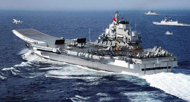 Trung Quốc cũng đã có hàng không mẫu hạm. Tàu sân bay Liêu Ninh được tu sửa lại từ một tàu sân bay cũ của Nga