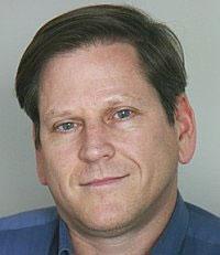 Phó giám đốc châu Á của HRW Phil Robertson- HRW web photo