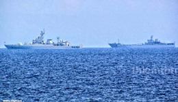 Hai tàu Trung quốc tàu được ghi nhận tại vùng biển Gạc Ma gồm 1 tàu hộ vệ tên lửa và 1 tàu vận tải đổ bộ.(tháng 5, 2014) (Source news.china.com)