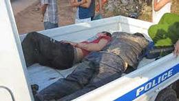 Quảng Bình: hai người trộm chó bị dân chúng đánh gần chết, chiếc xe máy trị giá khoảng 40 triệu đồng bị đốt cháy rụi...(tinngan.vn)