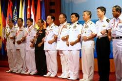 Trưởng hải quân các nước khu vực Đông Nam Á tại Hà Nội vào ngày 27 Tháng 7 năm 2011. AFP