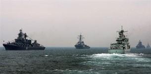 Trung Quốc phô trương lực lượng hải quân trên biển đông.