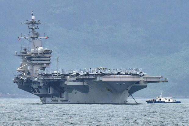 Trung Quốc phản ứng trước việc Hoa Kỳ đưa đội tàu tác chiến vào Biển Đông
