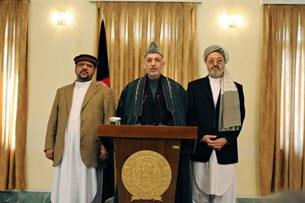 Tổng Thống Hamid Karzai của Afghanistan trả lời báo chí (2012)