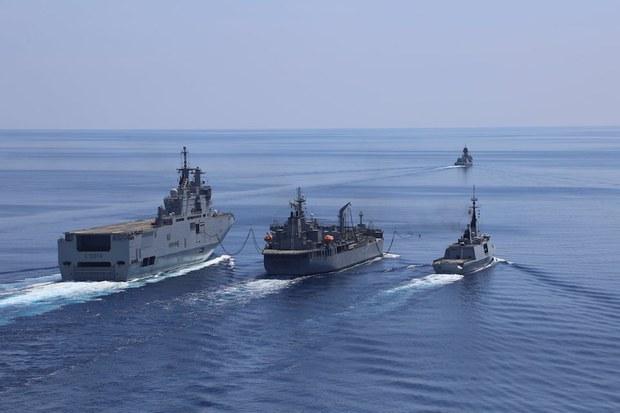 Biển Đông: Bốn chiến hạm của Úc và Pháp tập trận chung