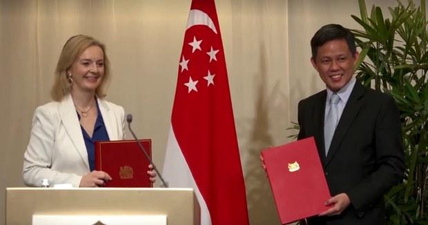 Vương quốc Anh đạt được thỏa thuận thương mại với Singapore và Việt Nam