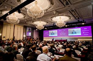 Bộ trưởng Quốc phòng Hoa Kỳ ông Chuck Hagel phát biểu tại Đối thoại an ninh Shangri-La lần thứ 12 tổ chức tại Singapore hôm 31-05-2013.