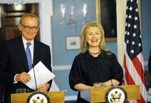 hillary-clinton-aust-foreign-minister-305.jpg