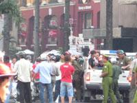 PoliceArrestProtestChina200.jpg