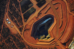 Ảnh chụp kho dự trữ quặng đất hiếm của tập đoàn Lynas Corporation tại mỏ Mount Weld phía Tây nước Úc. AFP photo