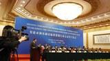Bộ trưởng Tài chính Trung Quốc Lou Jiwei tại lễ ký kết thành lập AIIB, 24 Tháng 10, 2014.