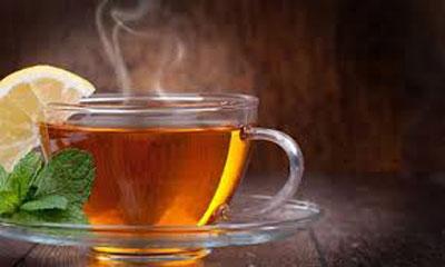 Một tách trà nóng