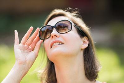 Ánh nắng mặt trời rất tốt cho người thiếu vitamin D.