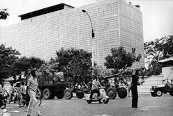 Sài Gòn ngày 30-04-1975. AFP PHOTO.