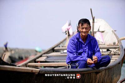 Ngư dân miền Trung. Photo courtesy of nguyentandung.org