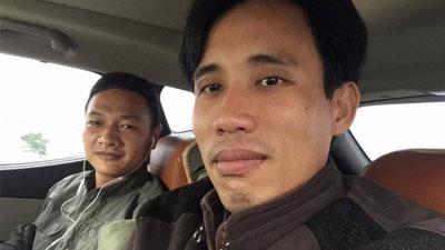 Hai nhà hoạt động Bạch Hồng Quyền (trái) và Hoàng Đức Bình.