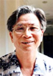 Nhà văn Trần Nhương. Photo courtesy of trannhuong.com.